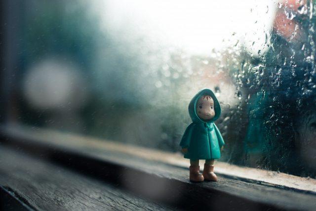 Nggak Bawa Jas Hujan? Jangan Khawatir! Ini 6 Hal yang Bisa Kamu Lakukan Walau Nggak Bawa Jas Hujan