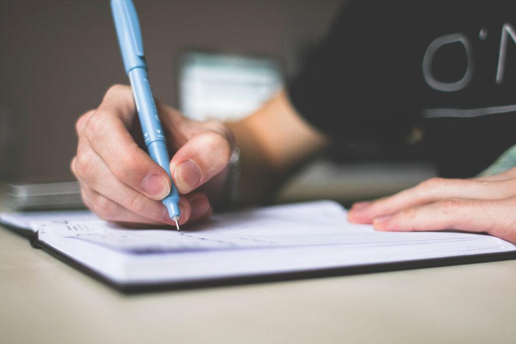 Tulis dengan rinci yaa